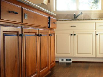 Fresh Coat Painters finishes cabinets in Duluth